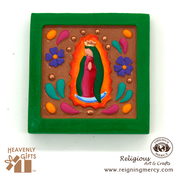 wooden-magnets-green-frame-virgin-mary-2